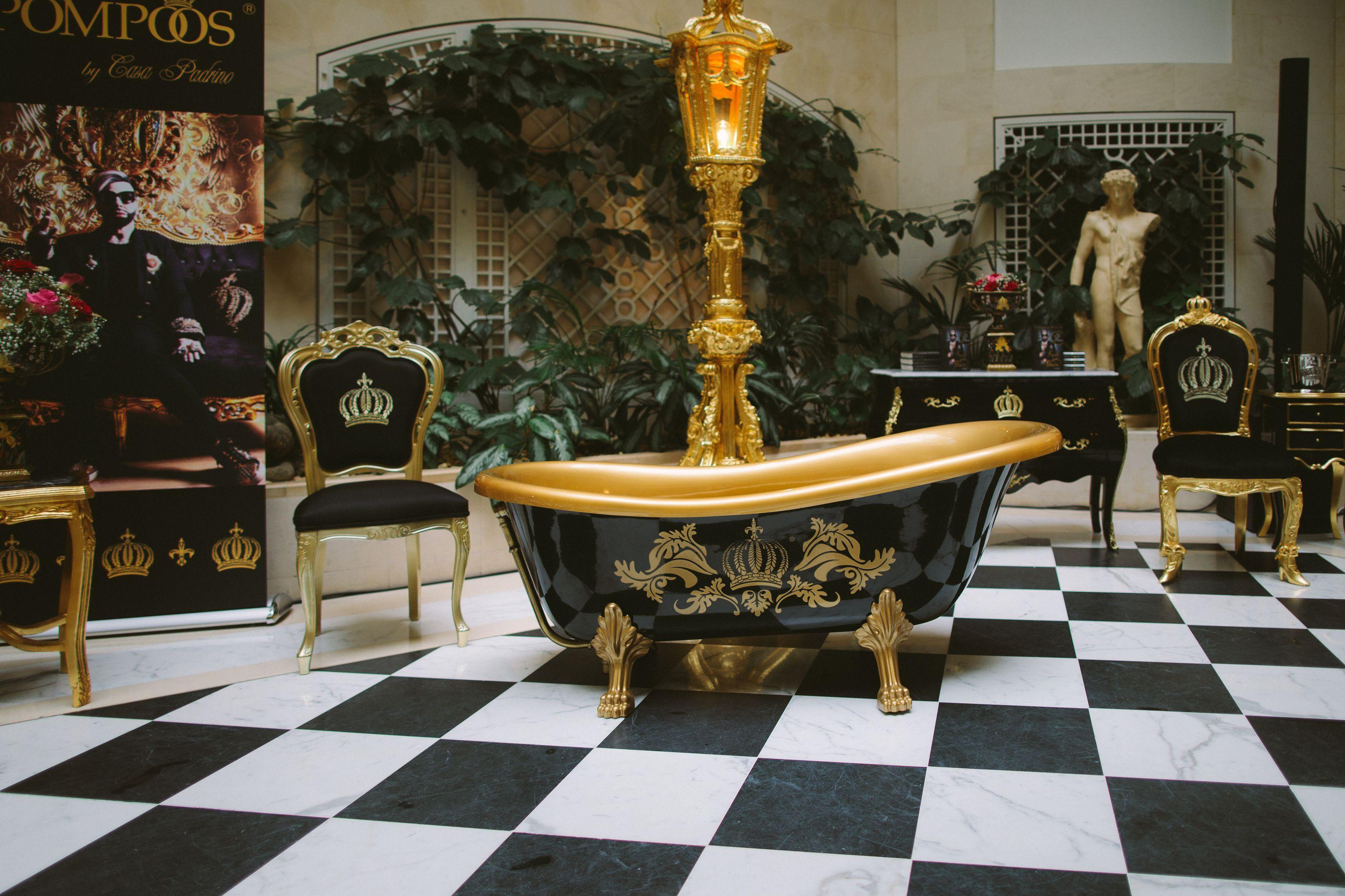 barock luxus m bel. Black Bedroom Furniture Sets. Home Design Ideas